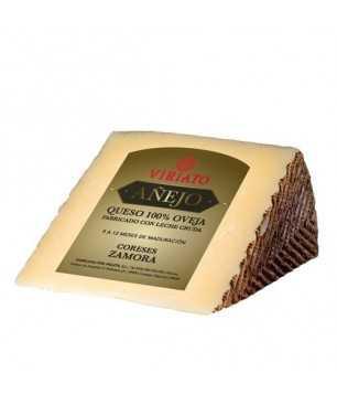 Dry cured Cheese Viriato Añejo with raw sheep milk