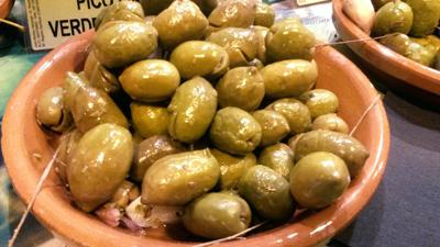 variedades de aceitunas, cornicabra, arbequina, picual, manzanilla