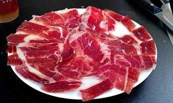 proposte di presentazione jamon iberico serrano fette