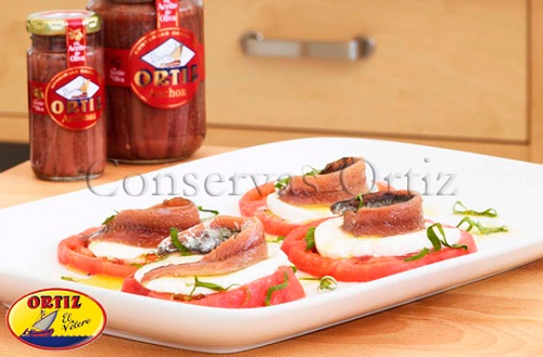 mozzarella anchovies salad ortiz