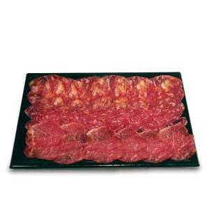 Bandeja de quesos manchegos cortados oveja