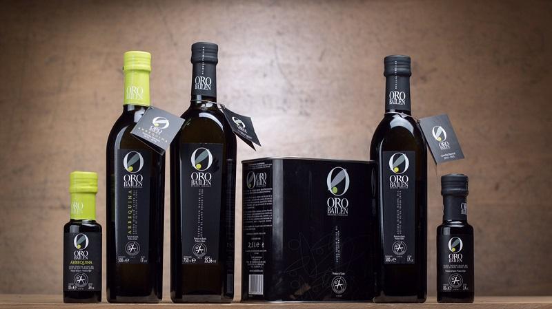 olio EVOO in bottiglia oro bailen