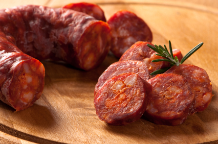 Chorizo tradicional español. Embutido